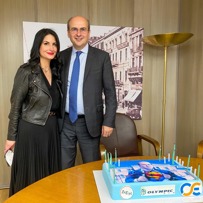 Τα γενέθλια του Κωστή Χατζηδάκη και… η τούρτα Superman (Εικόνες)